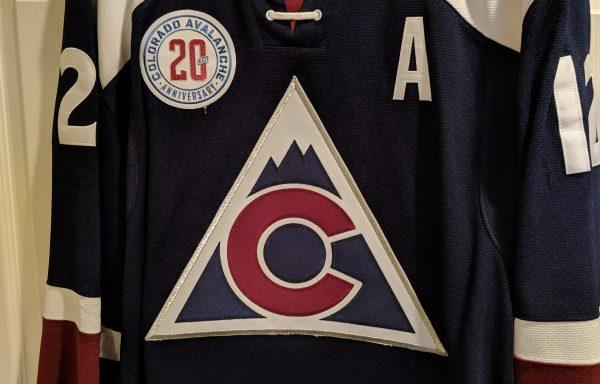 NHLCOL_12_AUT_BLUALT